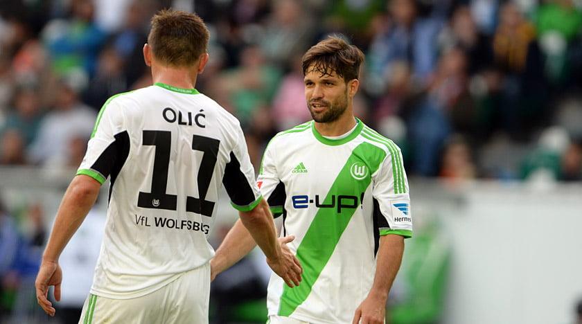 Diego e Olic entendem-se às mil maravilhas no ataque / Fonte: vfl-wolfsburg.de
