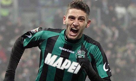 Berardi festeja um dos golos marcados ao Milan / Fonte: theguardian.com