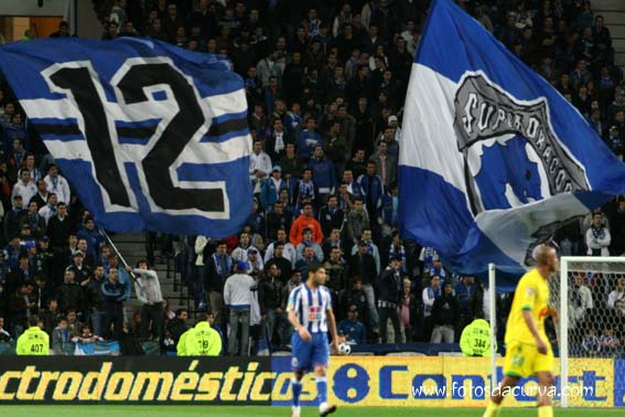 O 12º jogador azul e branco Fonte: Fotosdacurva.com