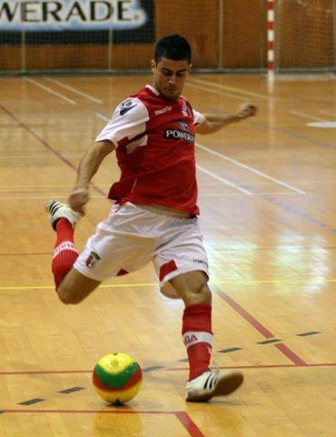 Em acção pelo SC Braga/AAUM, na sua época de estreia com a camisola arsenalista (2011/2012)