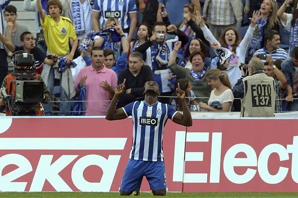 Legenda: Com mais um golo, Jackson garantiu o estatuto de melhor marcador da Liga  Fonte: FPF