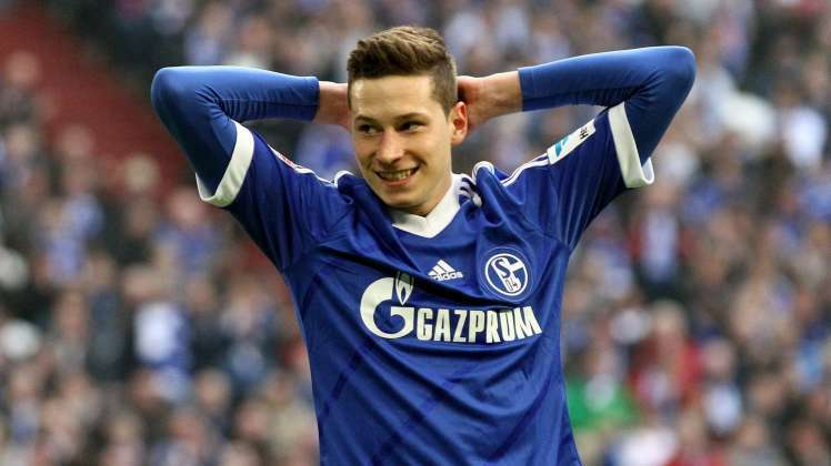 Julian Draxler é a principal figura do Schalke 04 e pode abandonar o clube neste Verão  Fonte: fussballtransfers.com