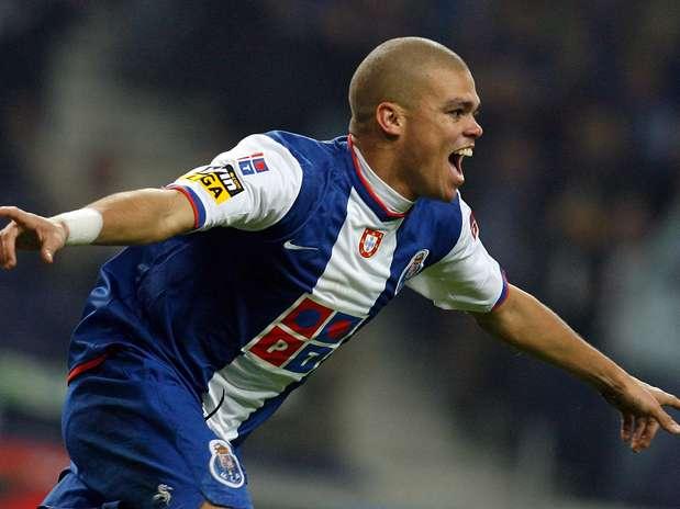 Pepe foi um dos jogadores que rumaram a grandes equipas vindo do Porto  Fonte: sports.terra.com