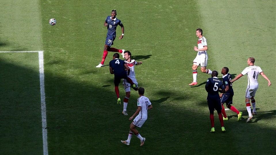 Hummels superiorizou-se a Varane e fez o primeiro e único golo da partida  Fonte: FIFA