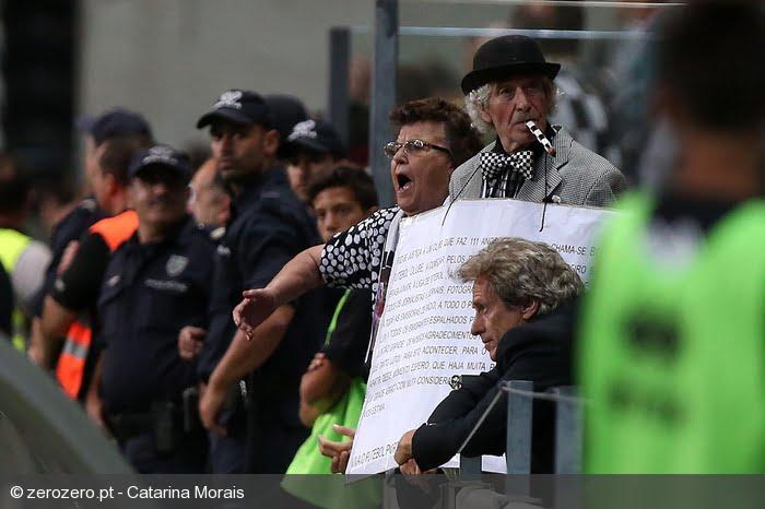 Manel do Laço teve um companheiro especial para assistir ao jogo