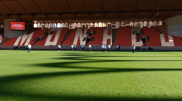 Stade Louis II, próximos três pontos Fonte: info-stades.fr