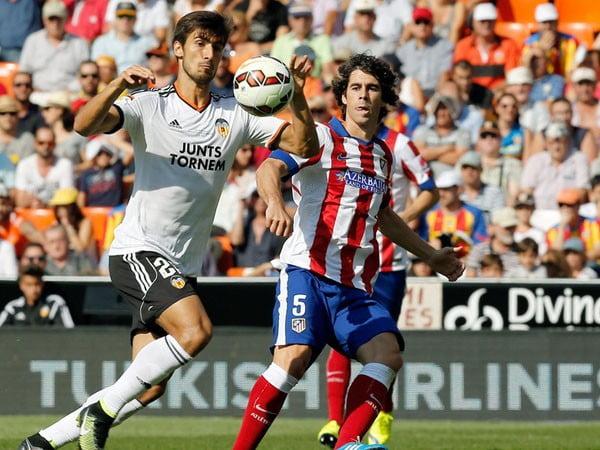 Os portugueses André Gomes e Tiago estiveram em destaque no duelo de hoje  Fonte: libero.pe