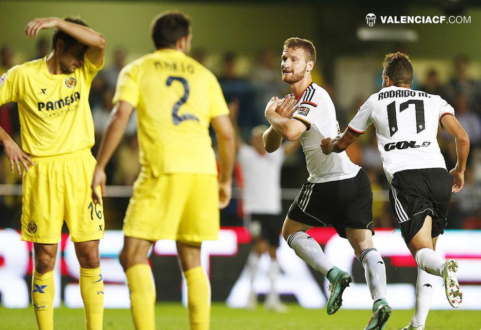 Mustafi foi a figura do jogo Fonte: Valenciafc.com