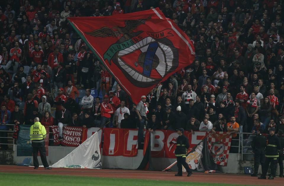 Os confrontos de Coimbra são tudo o que não queremos no futebol Fonte: Facebook do Sport Lisboa e Benfica