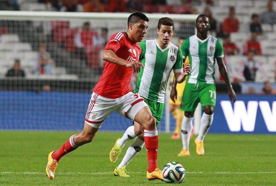 Enzo Pérez impulsionava o ataque encarnado Fonte: Facebook do Benfica