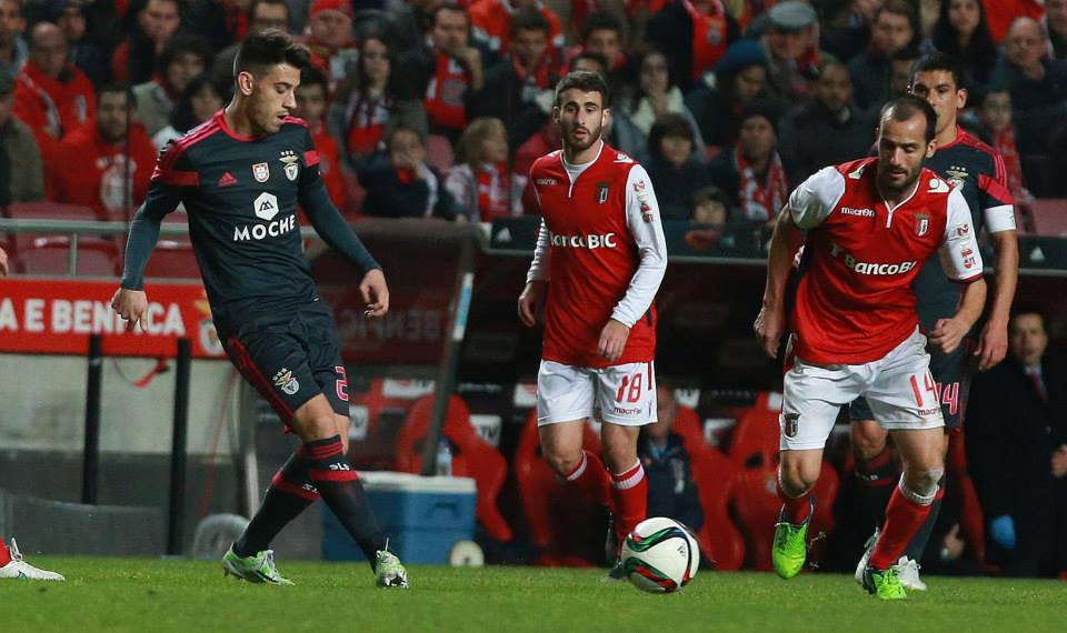 Pizzi entrou para o lugar de Enzo ao intervalo e a equipa ressentiu-se  Fonte:  Facebook oficial do Benfica