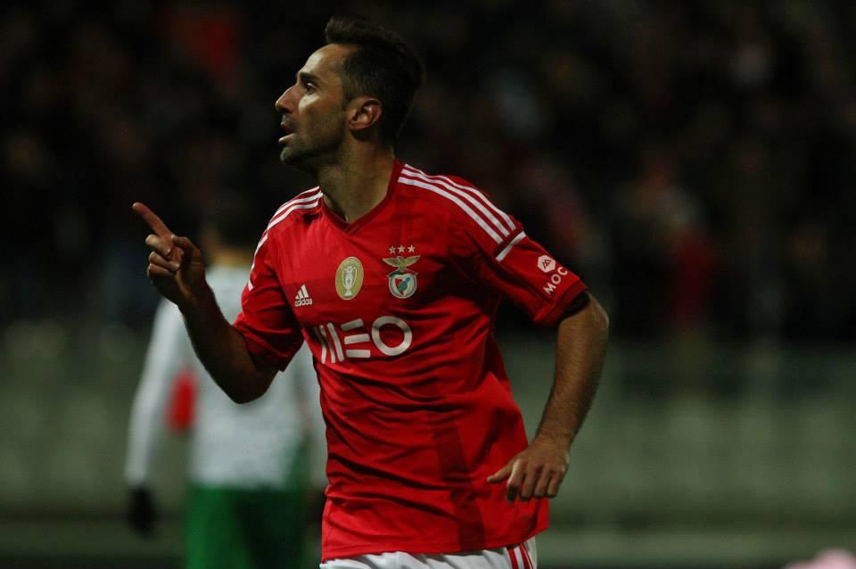 Jonas tem somado golos atrás de golos com a camisola do Benfica Fonte: Facebook do Sport Lisboa e Benfica