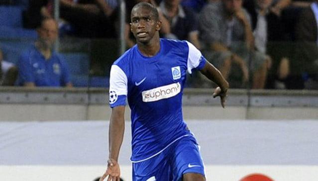 Anele Ngcongca, figura da selecção sul africana Fonte: kickoff.com