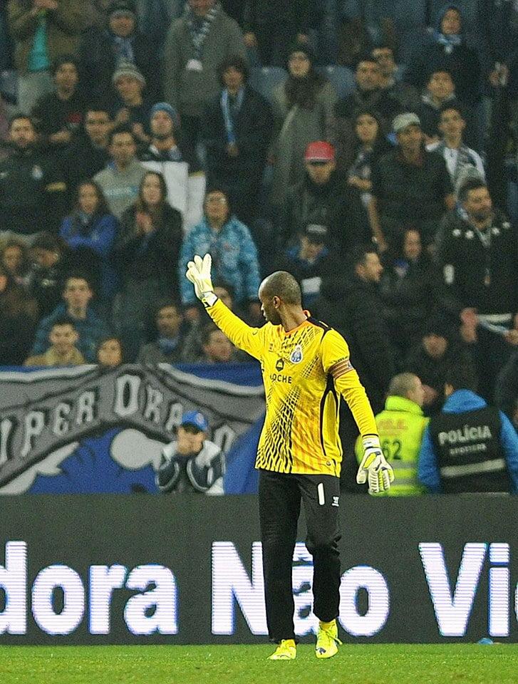O regresso de Helton aos relvados foi um dos momentos altos da noite  Fonte: Facebook do FC Porto
