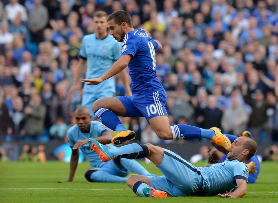Hazard é uma das figuras do ataque londrino  Fonte: Facebook do Man City