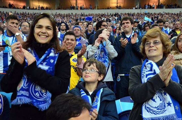 Adeptos  Fonte: Facebook do FC Porto
