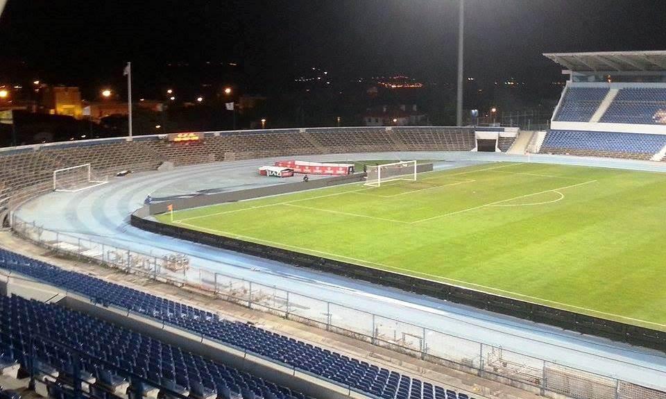 O horário do jogo (21h00) não foi benéfico para a presença de adeptos no Estádio do Restelo