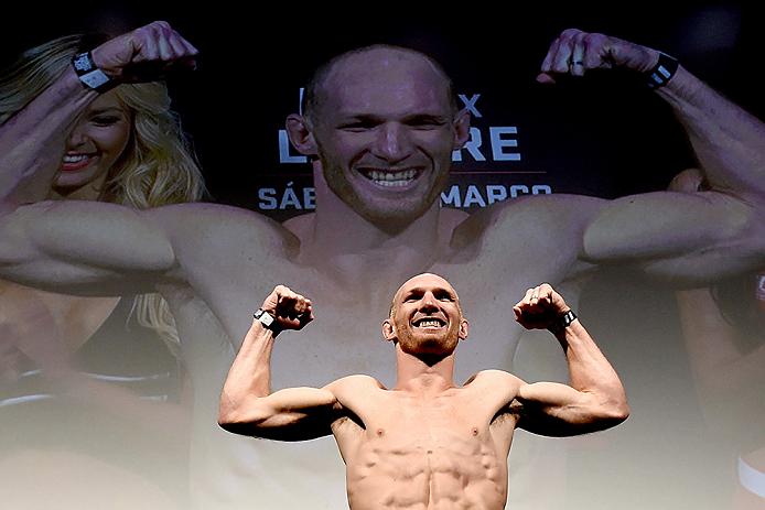 Será que LaFlare (na foto) vai conseguir ampliar o seu recorde invicto e mostrar-se como alguém a temer na divisão de pesos Meio-Médio?  Fonte: UFC
