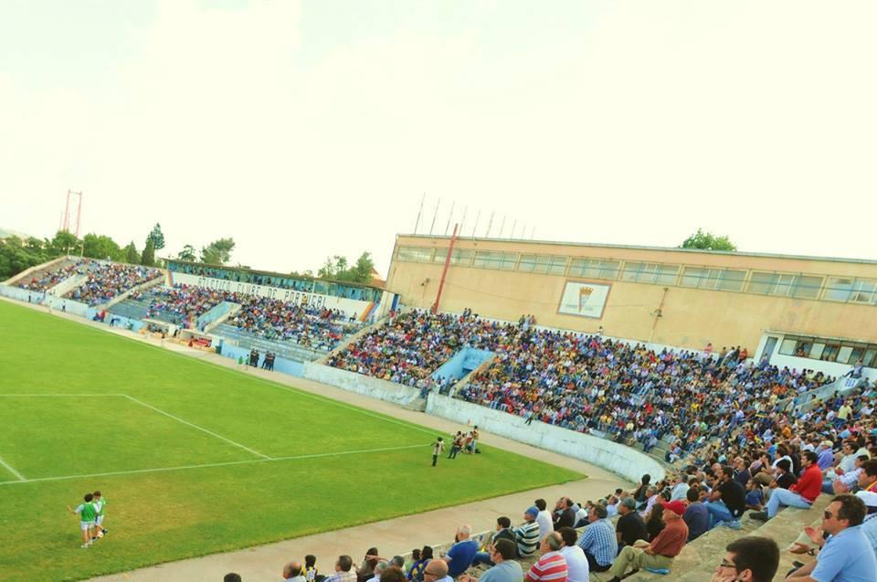 O Estádio da Tapadinha continua a receber a visita de vários adeptos Fonte: Atlético CP