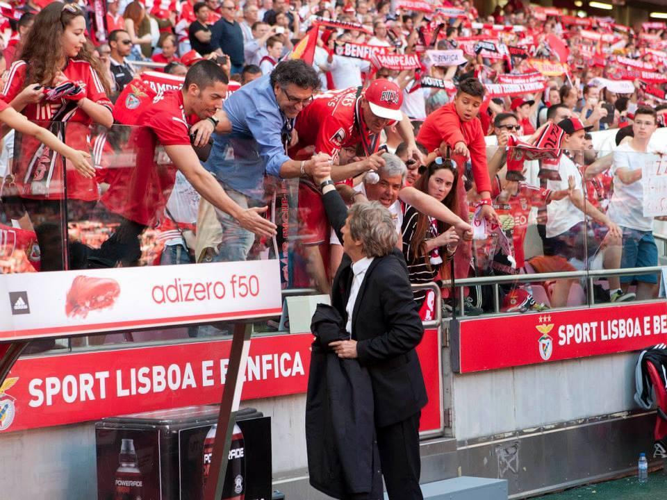 Jorge Jesus recuperou o apoio de uma parte dos adeptos depois do triplete da última época; Fonte: Facebook do Sport Lisboa e Benfica