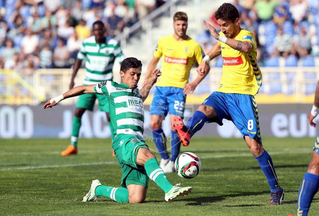 Montero esteve sempre muito desapoiado durante a primeira parte da partida Fonte: Facebook oficial do Sporting Clube de Portugal