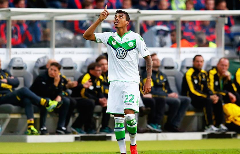 Luiz Gustavo deu o empate ao Wolfsburg Fonte: Facebook do Wolfsburg