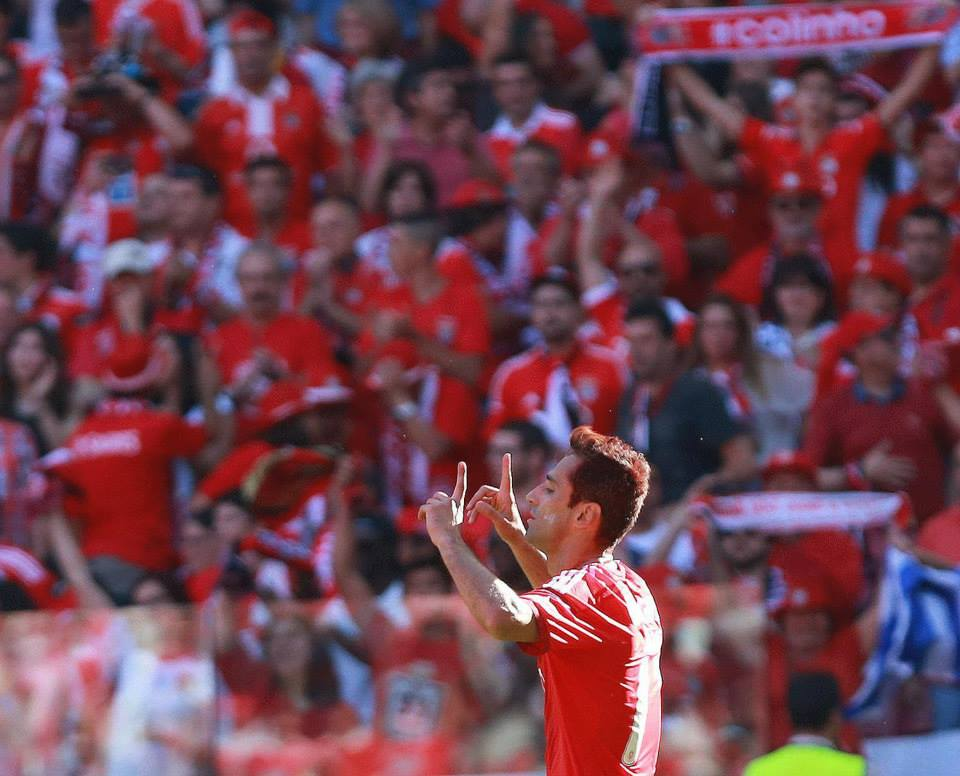 Jonas (na foto) foi a grande figura do Benfica de 2014/2015. Fonte: Facebook Oficial Sport Lisboa e Benfica