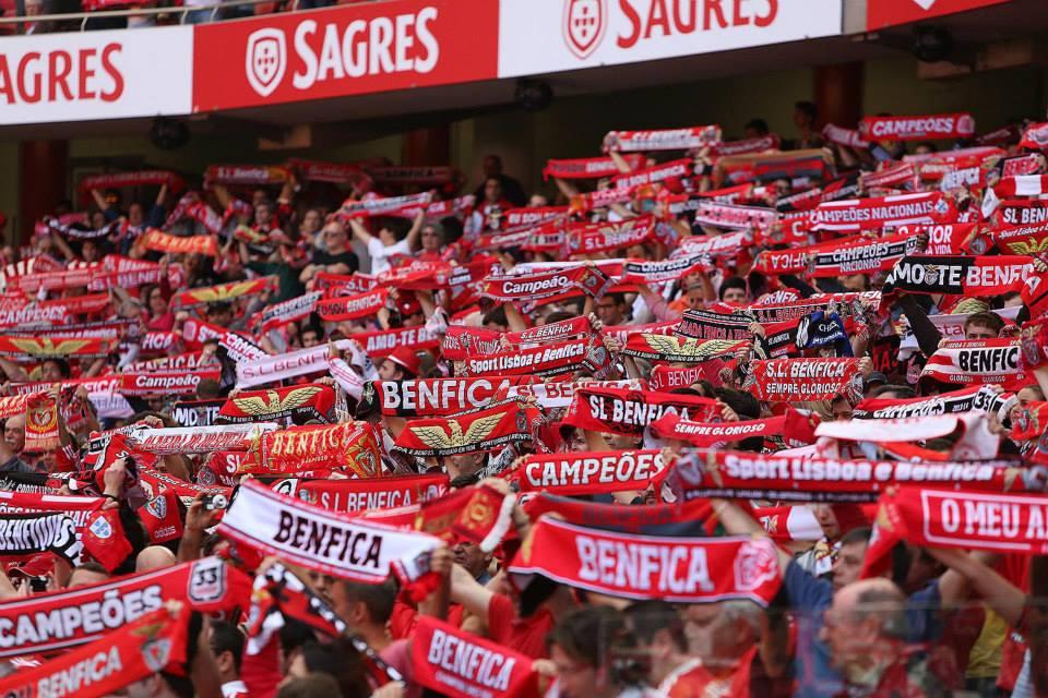 """O verdadeiro """"colinho"""" do Benfica é este Fonte: Facebook do Sport Lisboa e Benfica"""