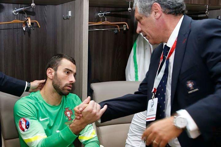 Rui Patrício teve uma noite infeliz, com culpas diretas no segundo golo Fonte: Facebook 'Seleções de Portugal'