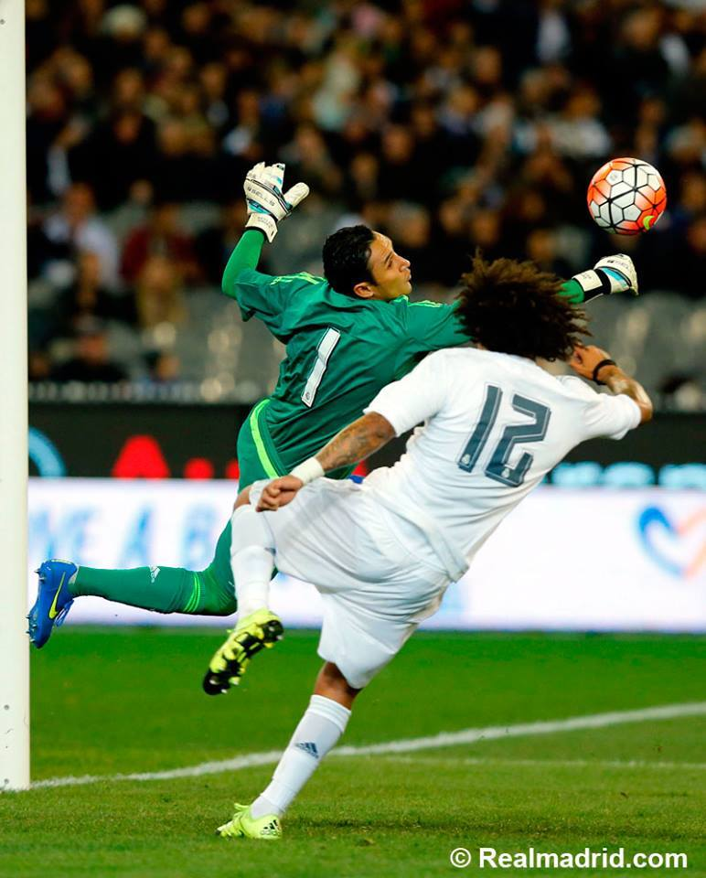 Depois da saída de Casillas, Keylor Navas deve assumir a baliza merengue Fonte: Facebook do Real Madrid