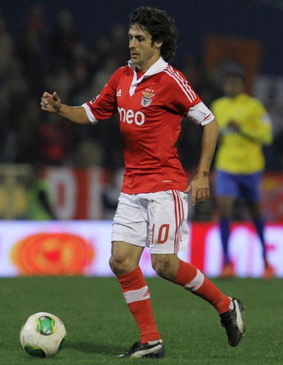 Chegou a ostentar a braçadeira de capitão e será, para sempre, uma das figuras do Benfica Fonte: Facebook Sport Lisboa e Benfica