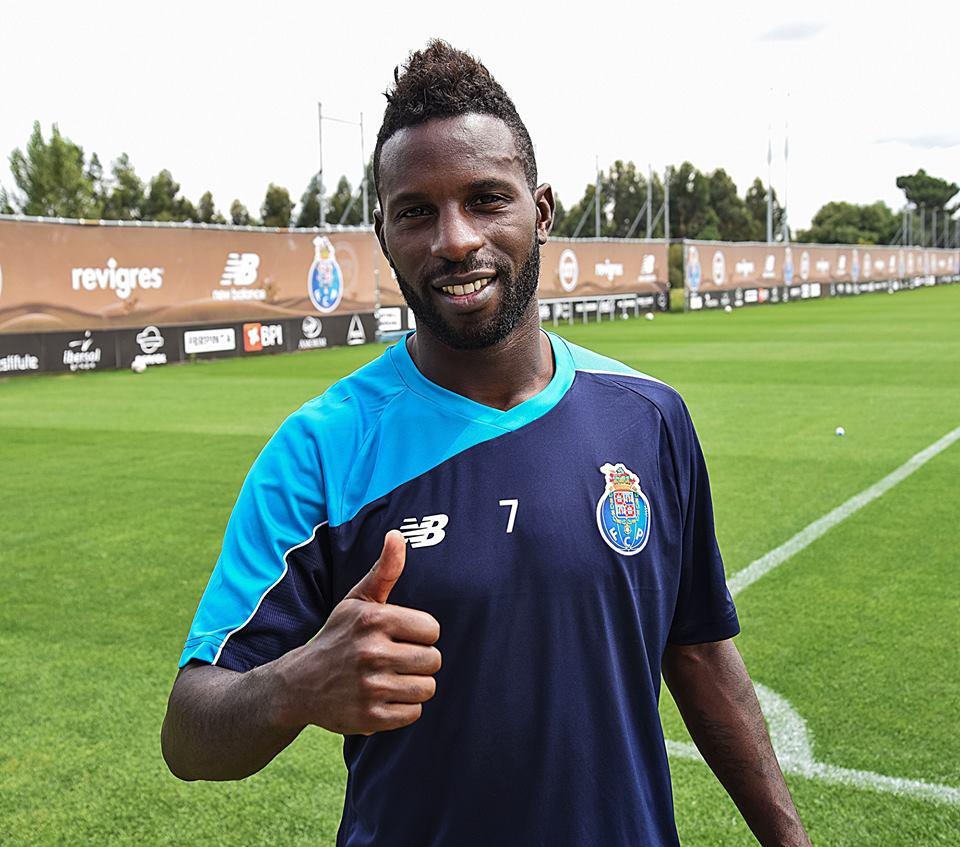 Varela foi feliz e faturou, no regresso ao Estádio do Dragão Fonte: Página do Facebook do FC Porto