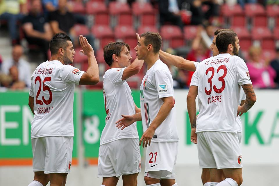 O Augsburgo quer continuar a cimentar a sua posição no campeonato alemão Fonte: Facebook do Augsburgo