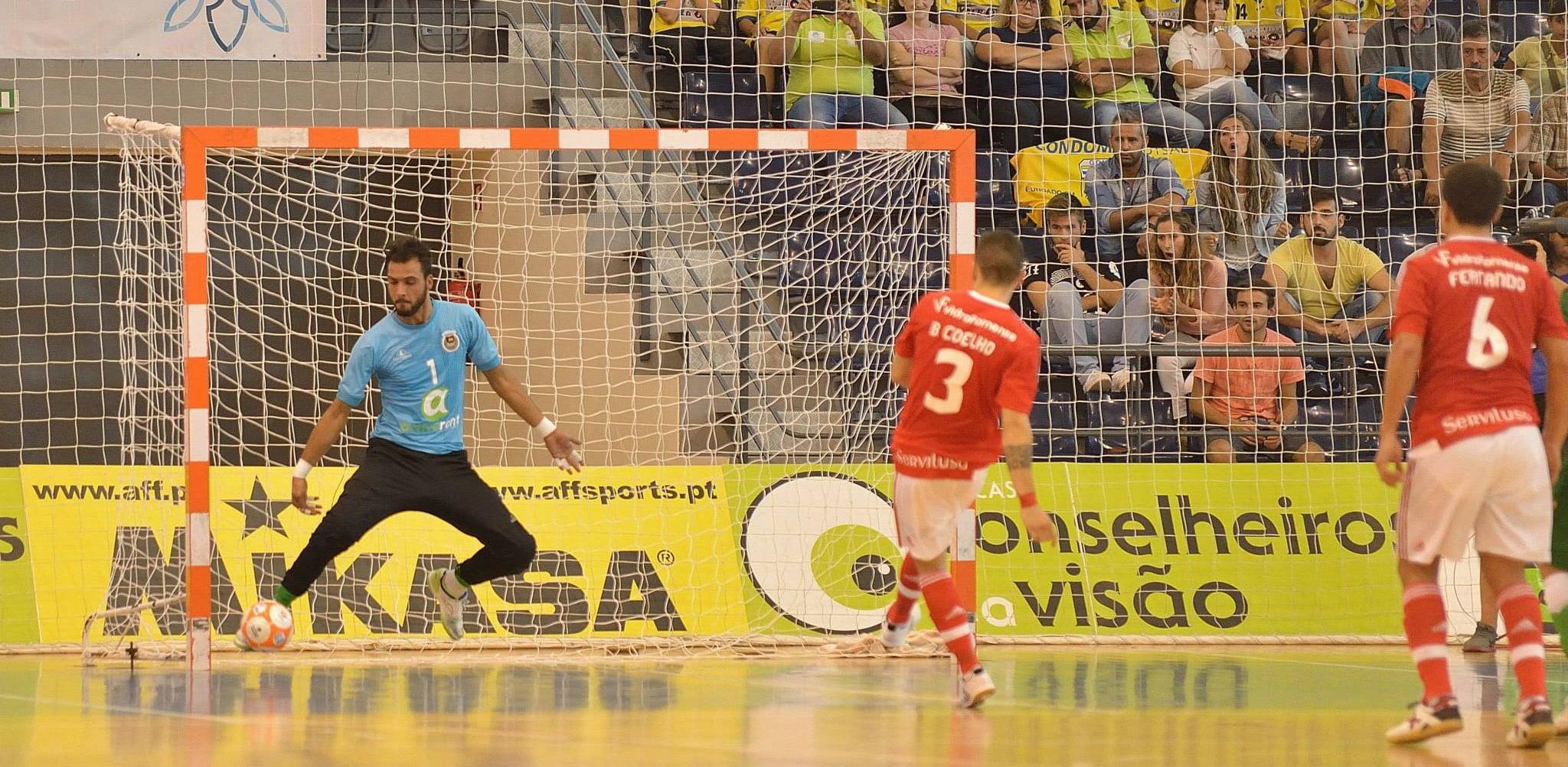 f71da8483872f Futsal  Sporting e Benfica ganham tranquilamente