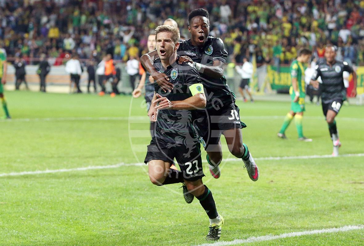 Após o golo frente ao Tondela, Adrien voltou a festejar Fonte: Facebook Oficial do SCP