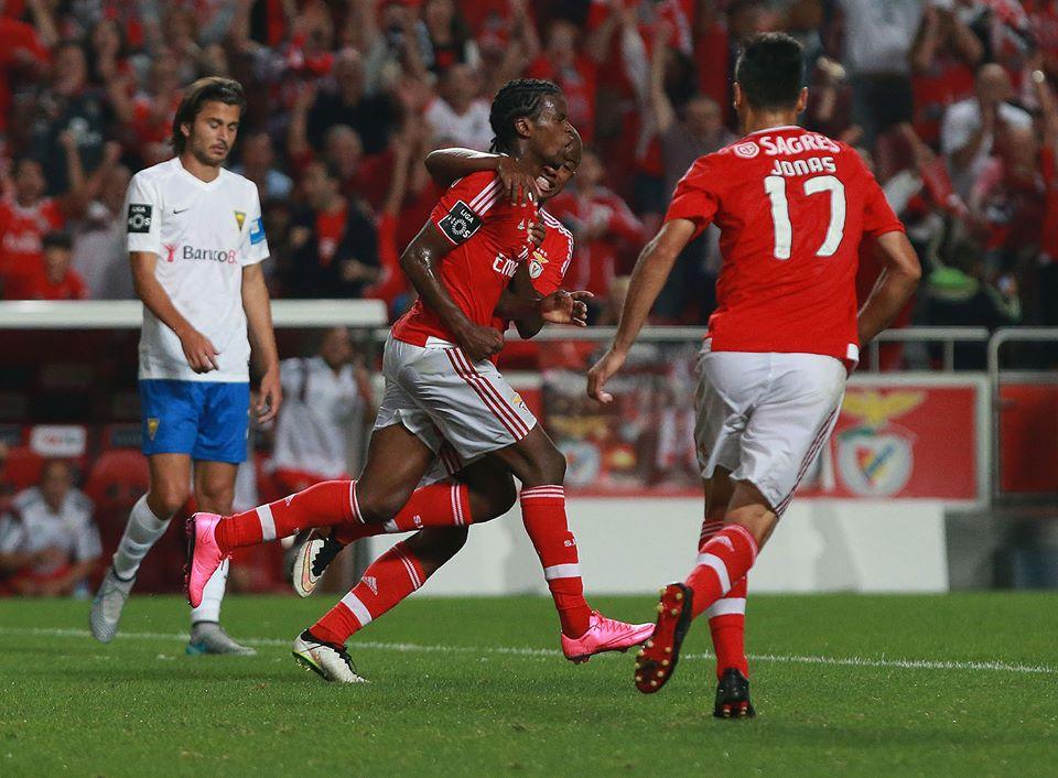 Nelson Semedo está a evoluir como jogador  Fonte: Facebook do Benfica