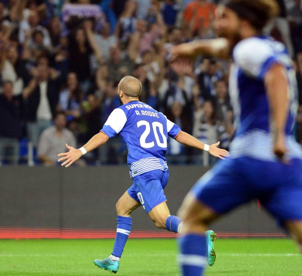 André André festeja um golo que se pode vir a revelar importante Fonte: Facebook do FC Porto