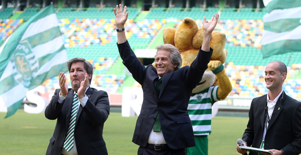 """Alguém que cometeu o """"crime"""" de trazer Jesus para o Sporting tem que pagar por isso, certo? Fonte: Sporting CP"""