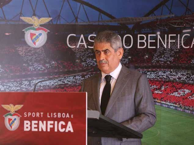 """Luís Filipe Vieira pediu na sexta feira aos benfiquistas: """"ignorem o ruído. Falemos de nós e preocupemo-nos apenas com o Benfica""""; Fonte: Facebook do Sport Lisboa e Benfica"""