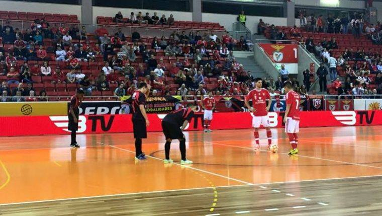 1e4f64e0fc SL Benfica imparável na liderança