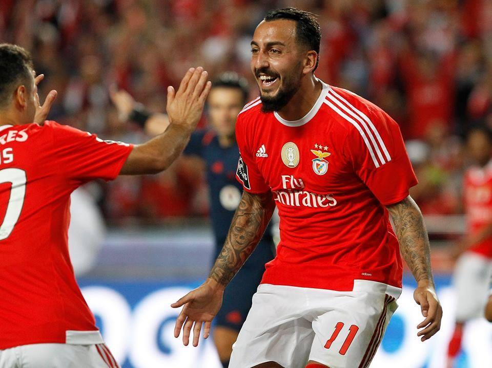 Mitroglou ainda reduziu mas o Benfica acabou em 2º lugar do grupo; Fonte: Facebook do Sport Lisboa e Benfica