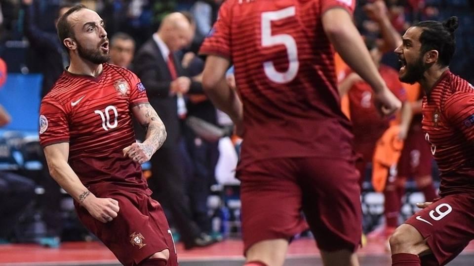 Já começam a faltar os adjetivos para descrever a influência do mágico Fonte: UEFA