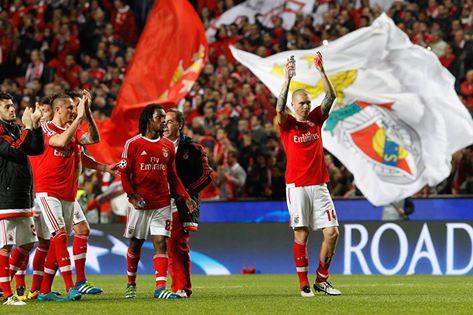 Mais um jogo, mais uma enchente de apoio à equipa encarnada Fonte: #SL Benfica