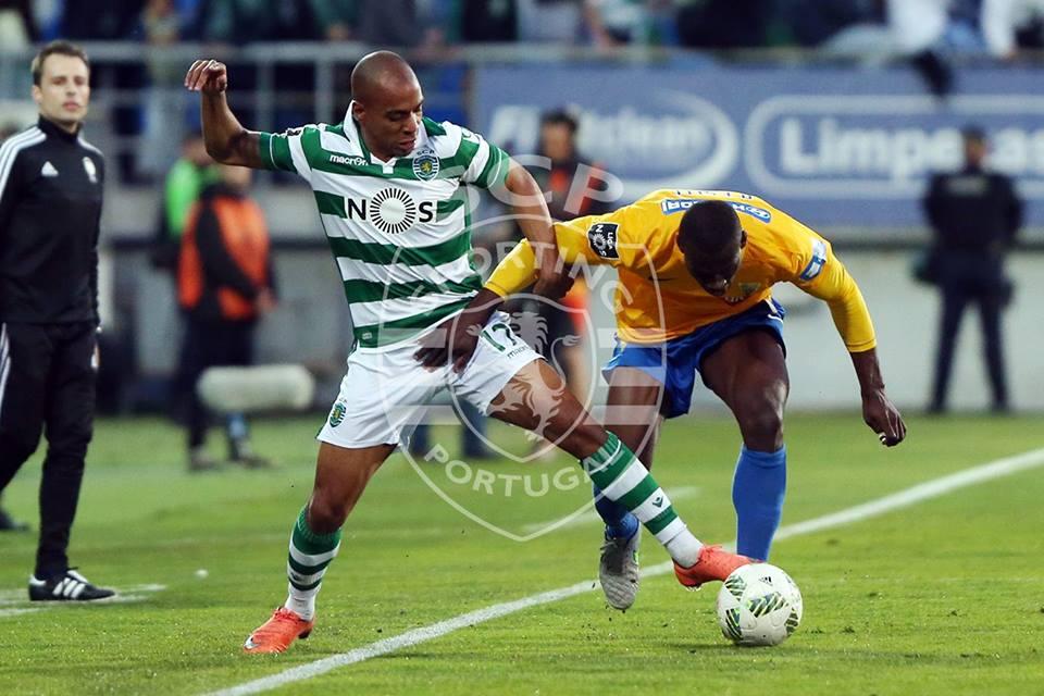 João Mário é um jogador fulcral no onze de Jesus Fonte: Sporting CP