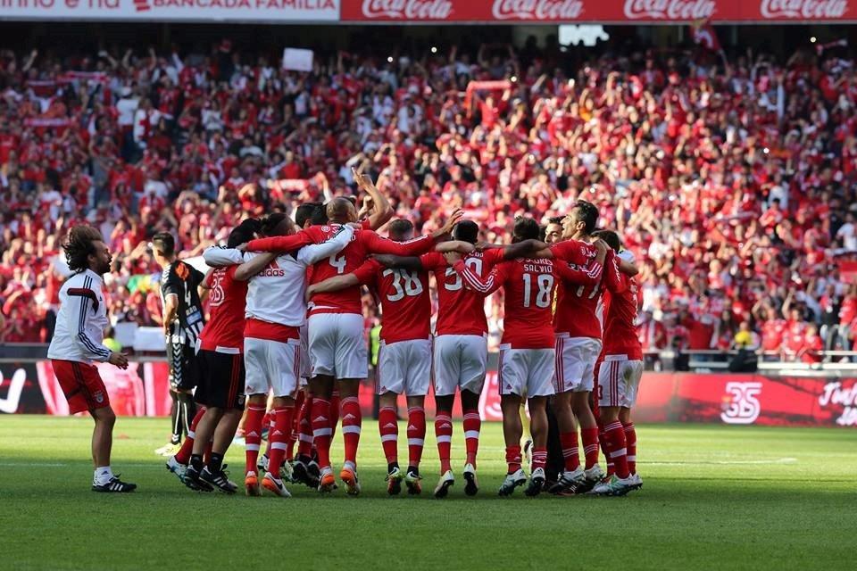 A união dos jogadores foi o elemento decisivo na conquista da dobradinha Fonte: SL Benfica