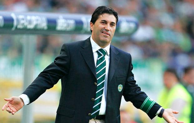 José Peseiro, o treinador do quase em Alvalade, também liderou a equipa em momentos mágicos. Só foi pena o desfecho de todas as competições. Fonte: www.pontapedesaida.com