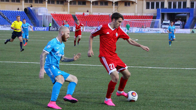 Bazelyuk na temporada passada ao serviço do FC SKA-Khabarovsk Fonte: sport-express.ru