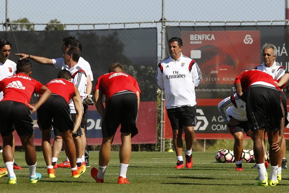 Rui Vitória tem, desta vez, uma pré-época à sua medida Fonte: SL Benfica