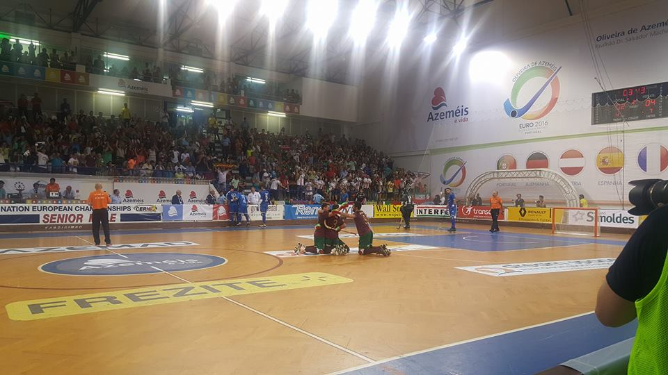 A festa dos jogadores portugueses Fonte: Ursos/ FPP