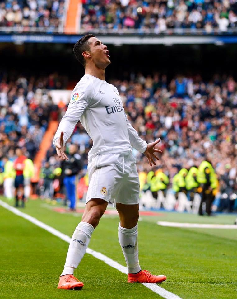 Que este gesto se repita mais vezes Fonte: Facebook de Cristiano Ronaldo